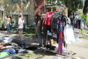 Front yard boutique